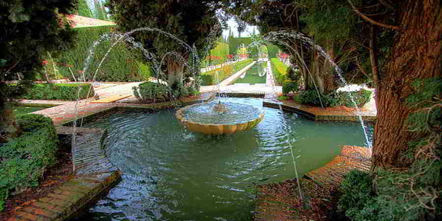 Jardines verticales dise os plantas y consejos - Como disenar un jardin grande ...
